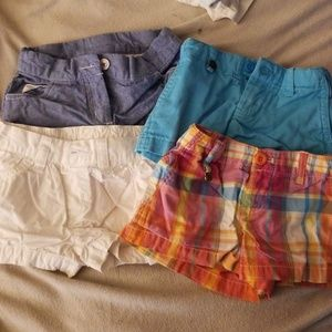 Lot of 4 girls shorts size 2T